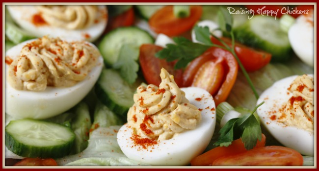 Deviled eggs salad : perfect for a summer tea.